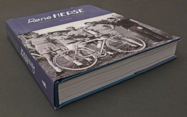 herse_book_oblique